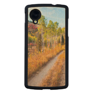 Road Through Autumn Colors Carved® Maple Nexus 5 Case