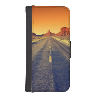 Road To Monument Valley At Sunset Phone Wallet Cases