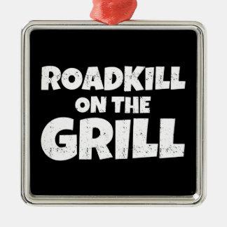 Roadkill en la parrilla - fiesta del Bbq divertido Adorno Navideño Cuadrado De Metal