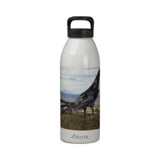 Roadrunner statue drinking bottle