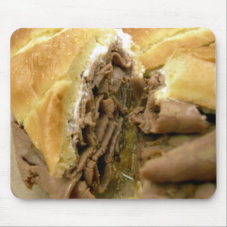 Roast beef sandwich with creamy goat cheese mouse pad