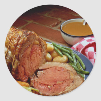 Roast beef with carrots classic round sticker