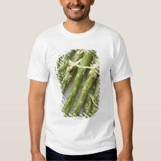 Roasted green asparagus with lemon zest, tee shirt