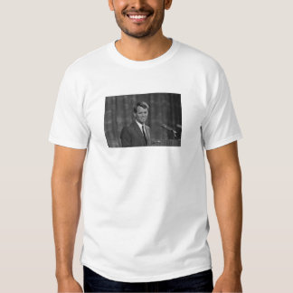 Roberto Kennedy Camisas