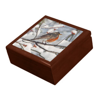 ROBIN IN SNOW-COVERED TREE/KEEPSAKE/JEWELRY BOX