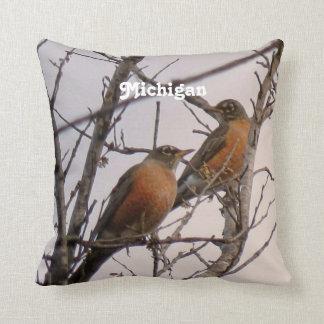 Robins Pillow