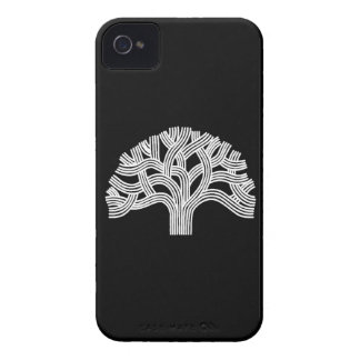 Roble blanco de Oakland en negro iPhone 4 Carcasa