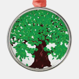 Roble con las hojas verdes adorno navideño redondo de metal