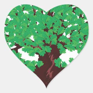 Roble con las hojas verdes pegatina en forma de corazón