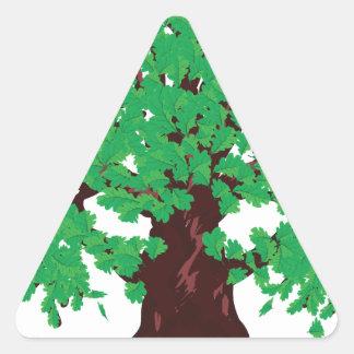 Roble con las hojas verdes pegatina triangular