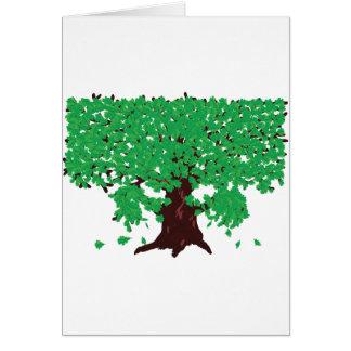 Roble con las hojas verdes tarjeta de felicitación