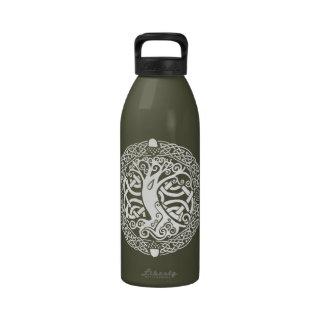 Roble en nieve botella de beber