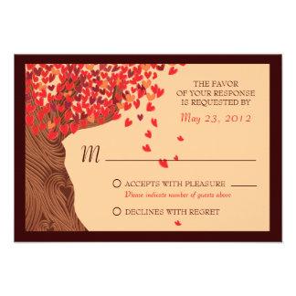 Roble RSVP de los corazones de los pares del amor Comunicado Personalizado