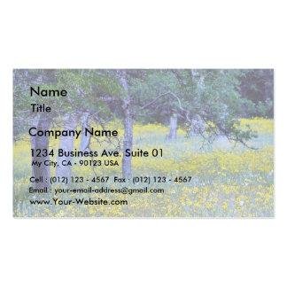 Robles de los bosques de los campos de flores plantilla de tarjeta de negocio
