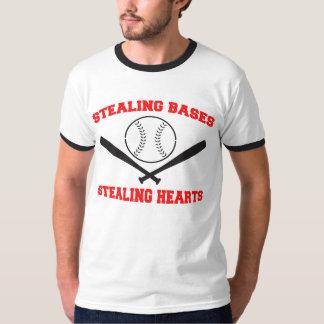 Robo de la camiseta de las bases remera