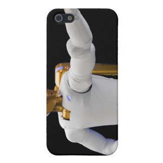 Robonaut 2, a dexterous, humanoid astronaut hel 2 cover for iPhone SE/5/5s