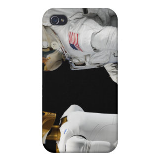Robonaut 2, a dexterous, humanoid astronaut hel 4 iPhone 4 cover