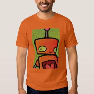 Robot anaranjado que le mira poleras