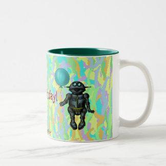 Robot lindo divertido con la tarjeta del feliz taza de dos tonos