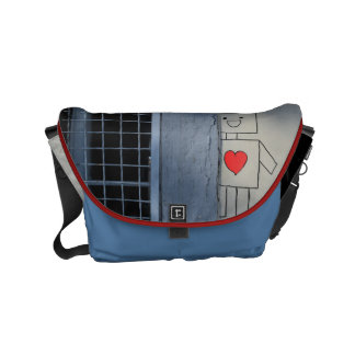 Robot love small messenger bag