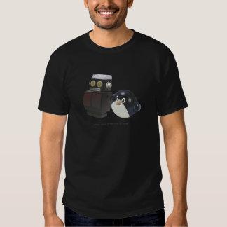 robot + penguin = geek love (mens) T-Shirt