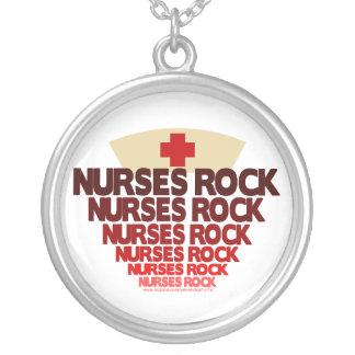 Roca de las enfermeras colgante redondo