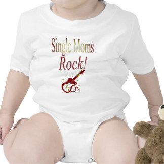 ¡Roca de las madres solteras! Engranaje Camiseta