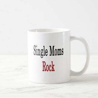 Roca de las madres solteras taza de café