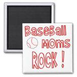 ¡Roca de las mamáes del béisbol! (rojo) Imanes Para Frigoríficos
