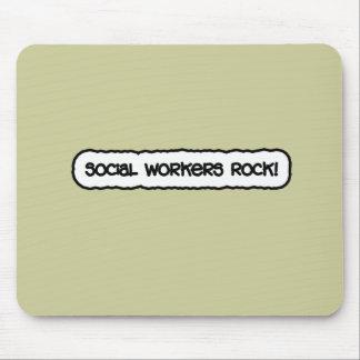 ¡Roca de los asistentes sociales! Tapetes De Ratón