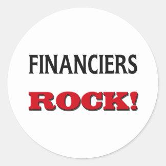 Roca de los financieros etiqueta