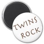 Roca de los gemelos iman para frigorífico