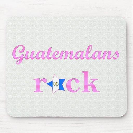 Roca de los guatemaltecos - rosa lindo alfombrillas de raton