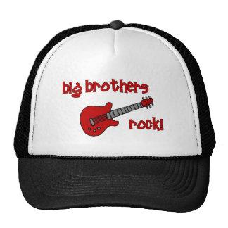 ¡Roca de los hermanos mayores! con la guitarra Gorras