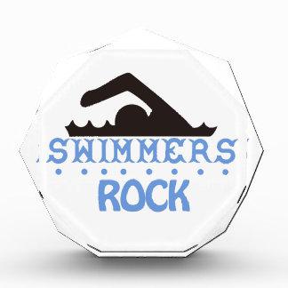 Roca de los nadadores
