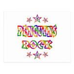 Roca de los pingüinos de la diversión postal