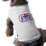 Roca de los polis camisas de perritos