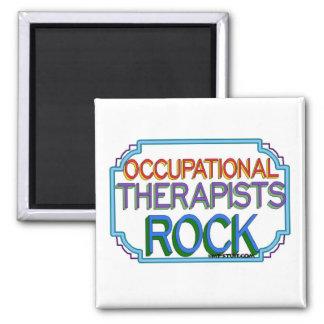 Roca de los terapeutas profesionales imán cuadrado