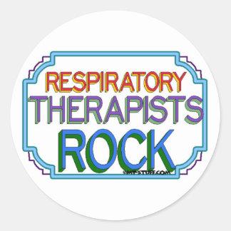 Roca de los terapeutas respiratorios pegatina redonda