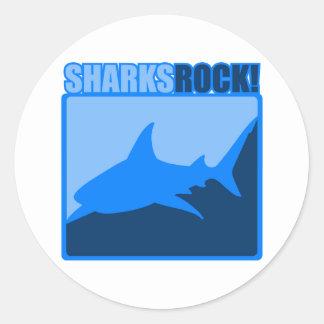 Roca de los tiburones pegatina redonda