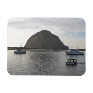 Roca de Morro en la bahía de Morro CA Imanes De Vinilo