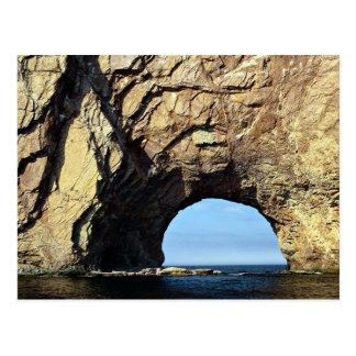 Roca de Perce, formación de roca de Gaspe, Quebec, Postal