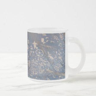 Roca del periódico tazas de café
