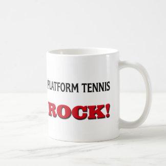 Roca del tenis de la plataforma taza de café