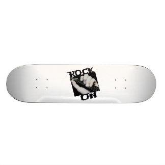 Roca en guitarrista skateboards