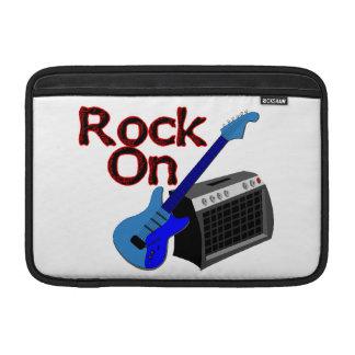 Roca en la guitarra y el amperio funda para macbook air