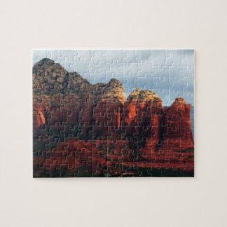 Roca nublada del pote del café en Sedona Arizona Puzzle