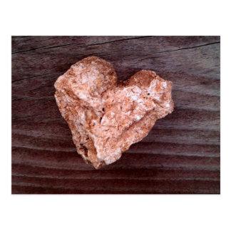 Roca rugosa del corazón - natural postal
