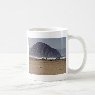 Roca Sur grande California de Morro pintada Taza Básica Blanca