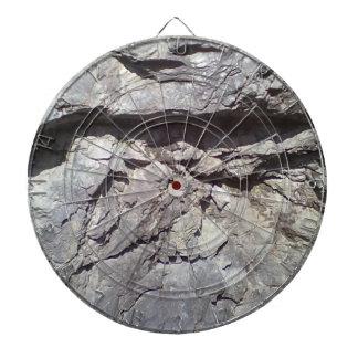 Roca y piedra tablero dardos